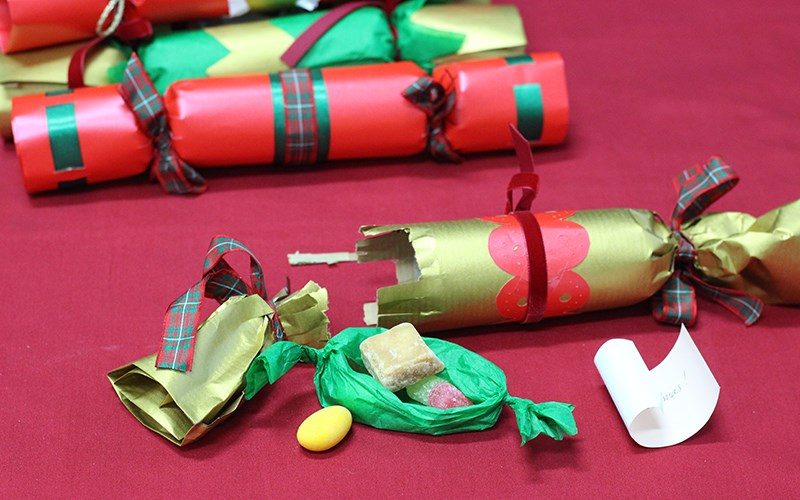 Christmas crafts and historic recipes | English Heritage