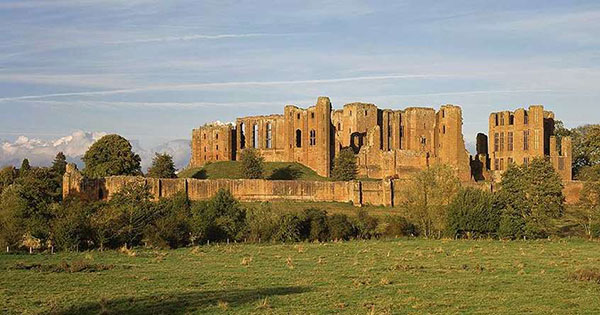 The Siege Of Kenilworth Castle English Heritage
