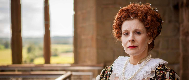 Image: Elizabeth I re-enactor at Kenilworth Castle