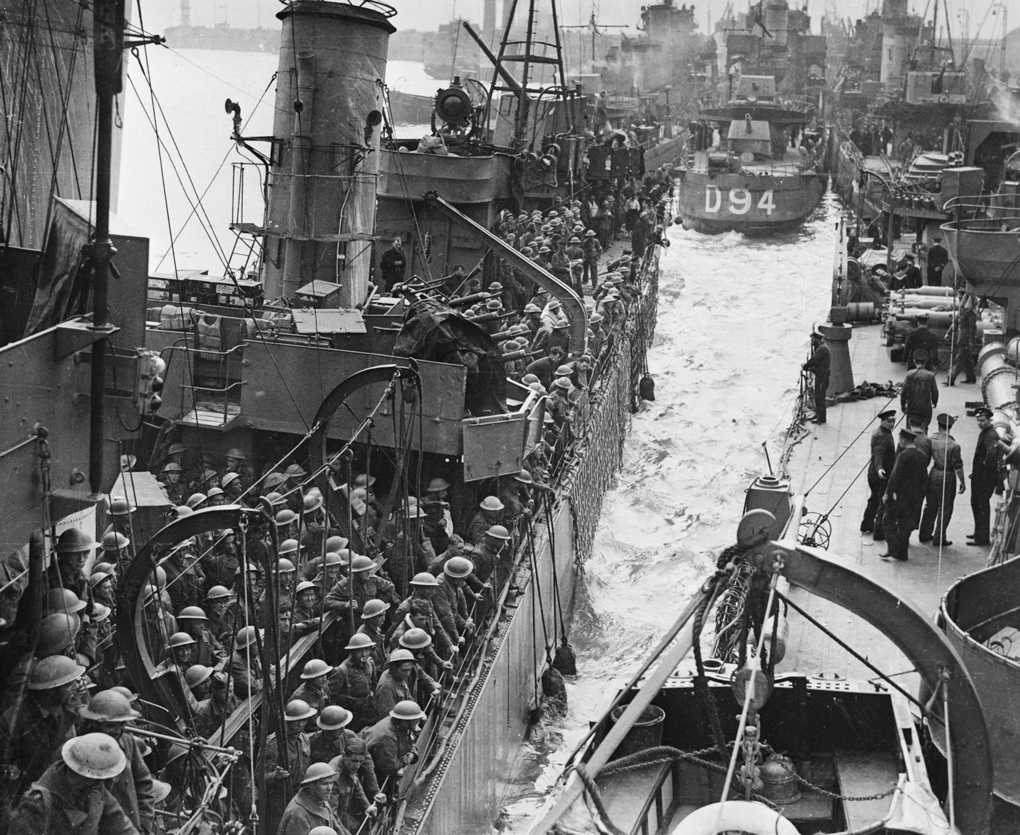Image: Destroyer berthing at Dover (Photo by Puttnam and Malindine/ IWM via Getty Images)