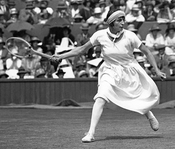 Kitty Godfree in action during the 1923 Wimbledon ladies' single final