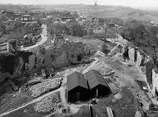 Excavations taking place in the inner bailey in 1951, seen from the top of the keep