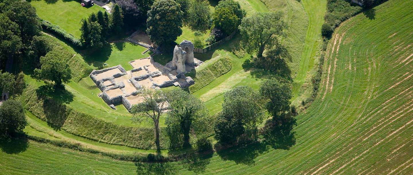 Ludgershall Castle from the air