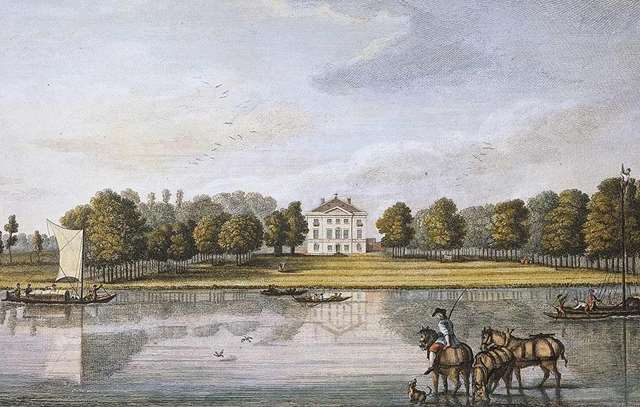 Henrietta Howard's Garden   English Heritage