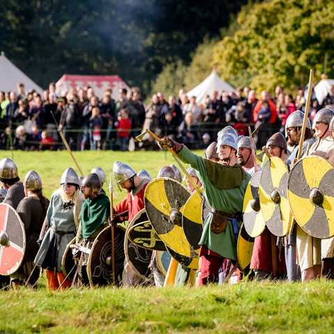 Saxon soldiers ready for Battle