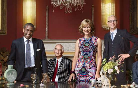 Fiona Bruce with experts from the Antiques Roadshow team.